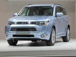 Mistubishi Enhances The Outlander Sport