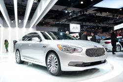 The 2015 KIA K900 is Classical and Reliable