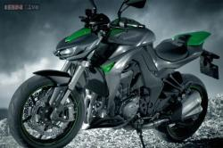 The revamped Kawasaki Z1000 offers speed and excitement to enthusiasts
