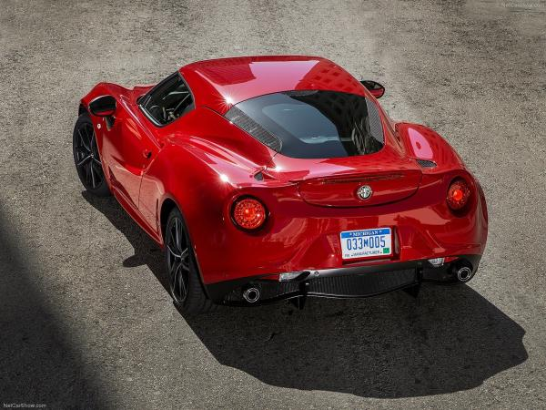 2015 Alfa Romeo 4C Super Sport Car