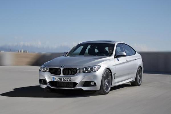 2015 BMW 3 Series Sadan