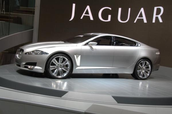 Jaguar Land Rover triples the profit of Tata Motors