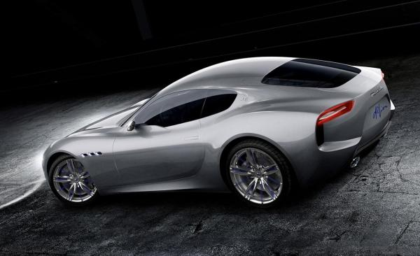 Maserati's Alfieri Concept with its V-8 making Glorious Noises