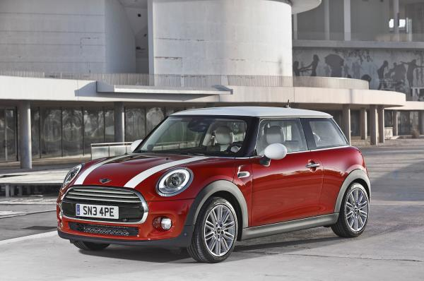 More Mini Than Before with The 2014 Mini Cooper