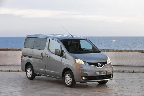 The New Featured Evalia Introduced by Nissan