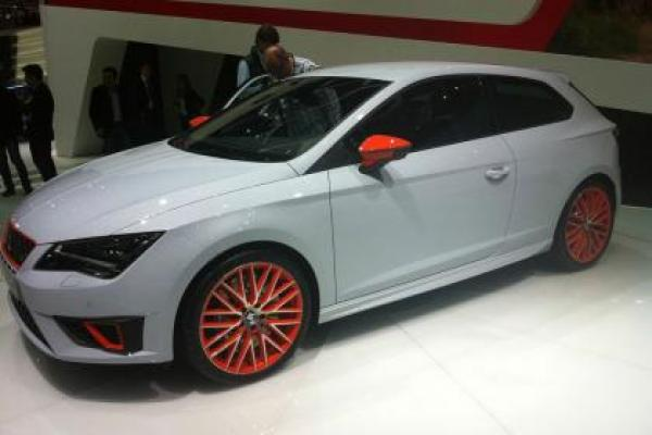 The new Leon Cupra, the most powerful ever from Seat revealed