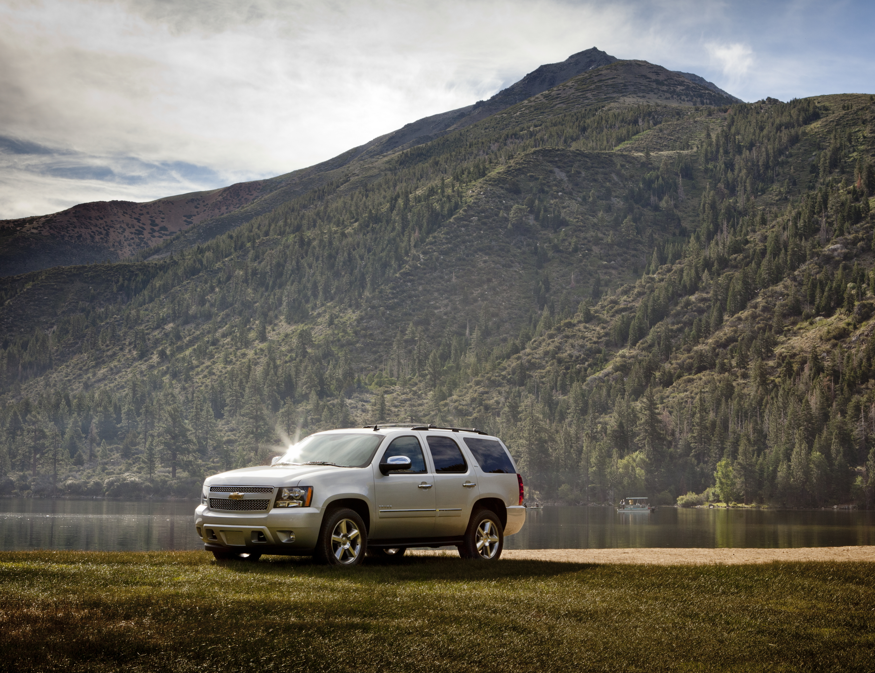 chevrolet wallpaper (Chevrolet Tahoe)