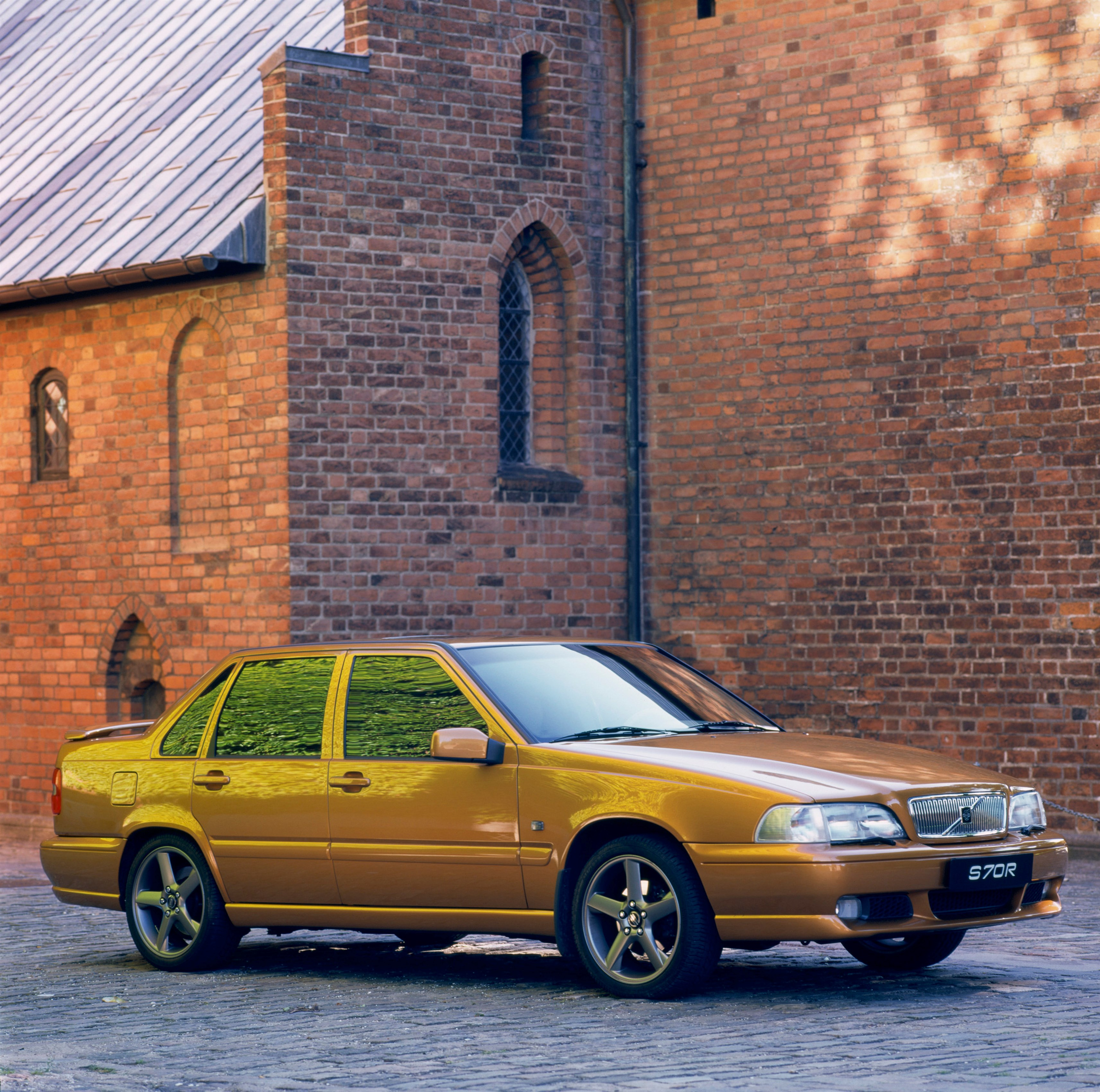Volvo S70 Review And Photos
