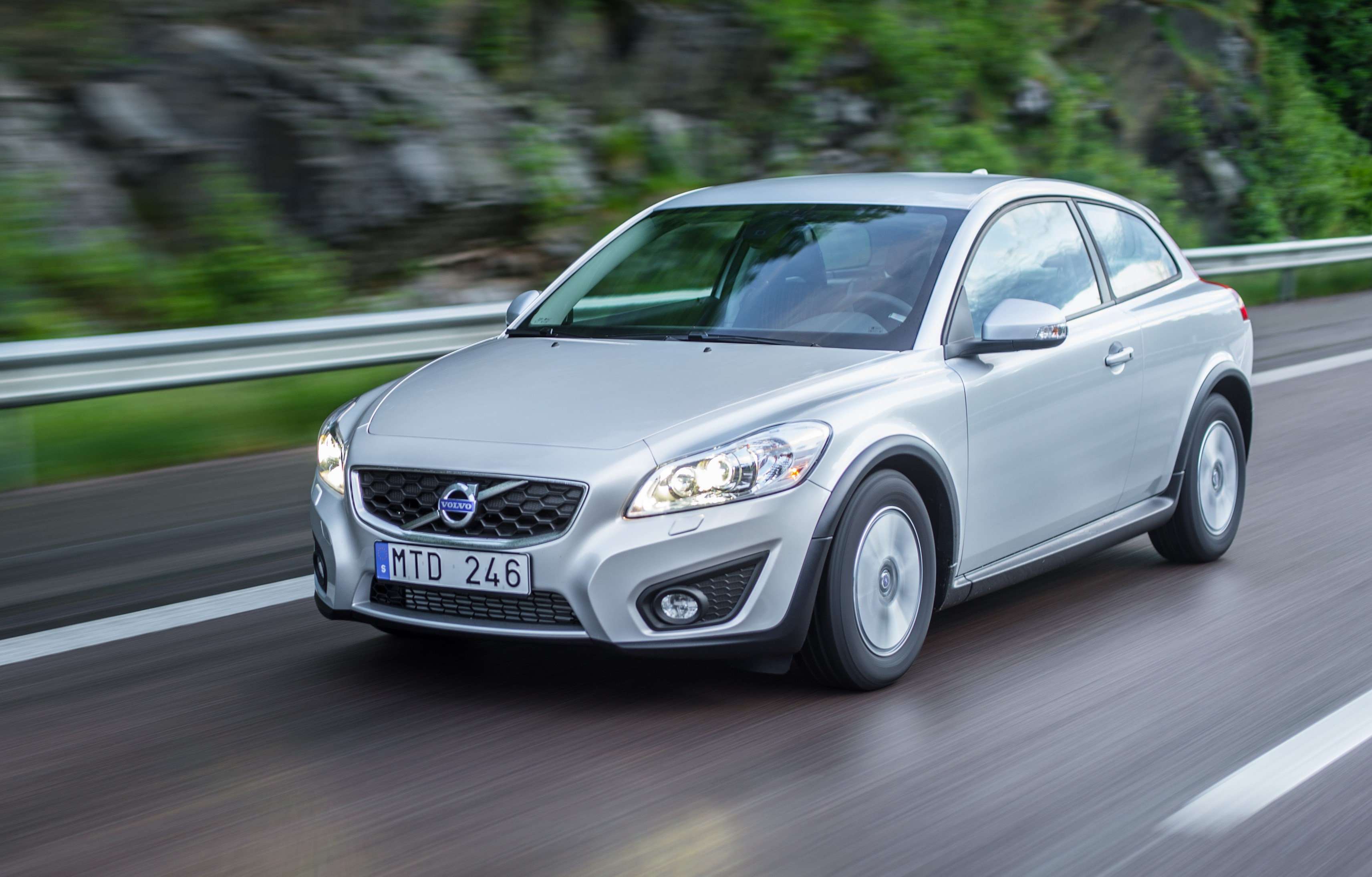 2012-volvo-c30 Great Description About Volvo C30 R Design with Interesting Gallery Cars Review