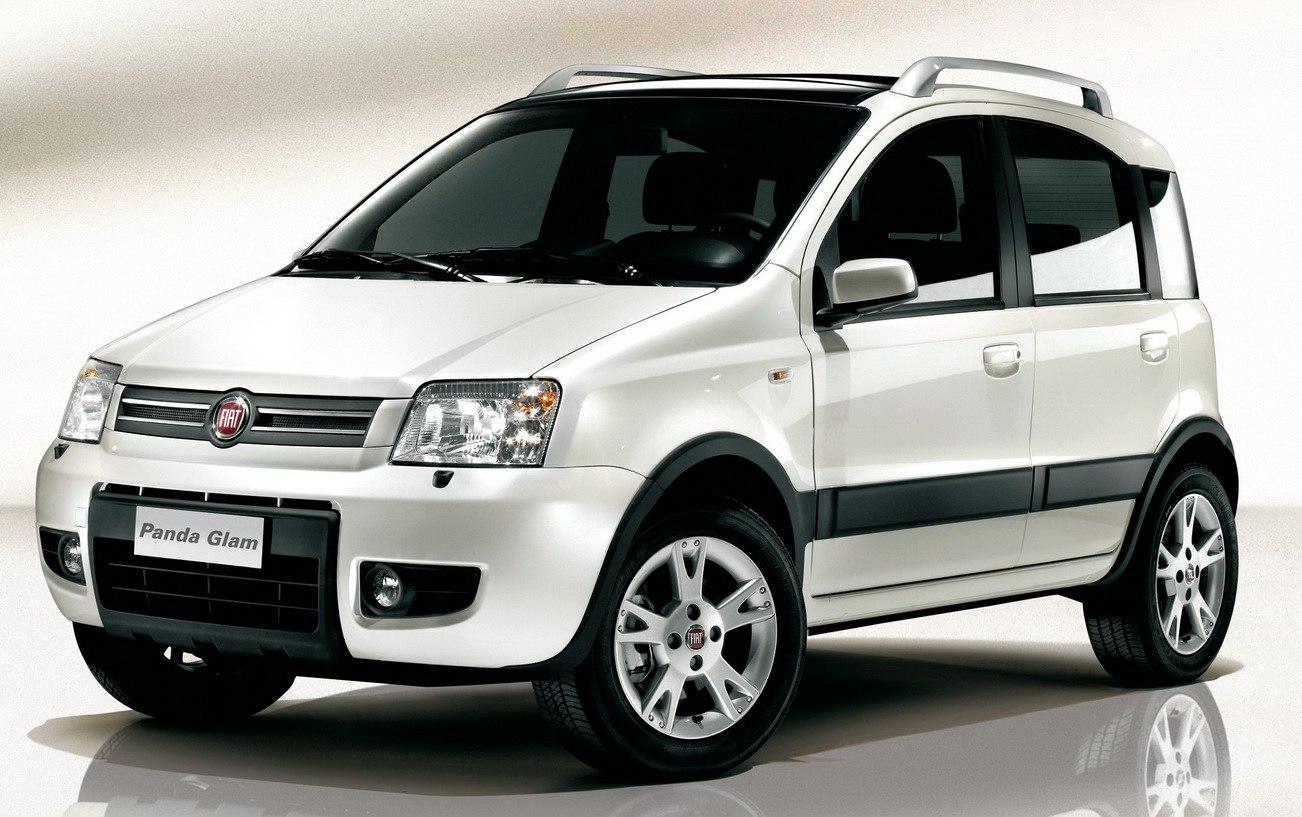 2014 fiat panda designed for cuteness and smooth drive. Black Bedroom Furniture Sets. Home Design Ideas