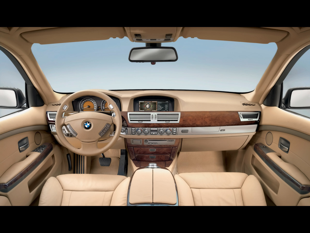 BMW 7 SERIES  Review and photos