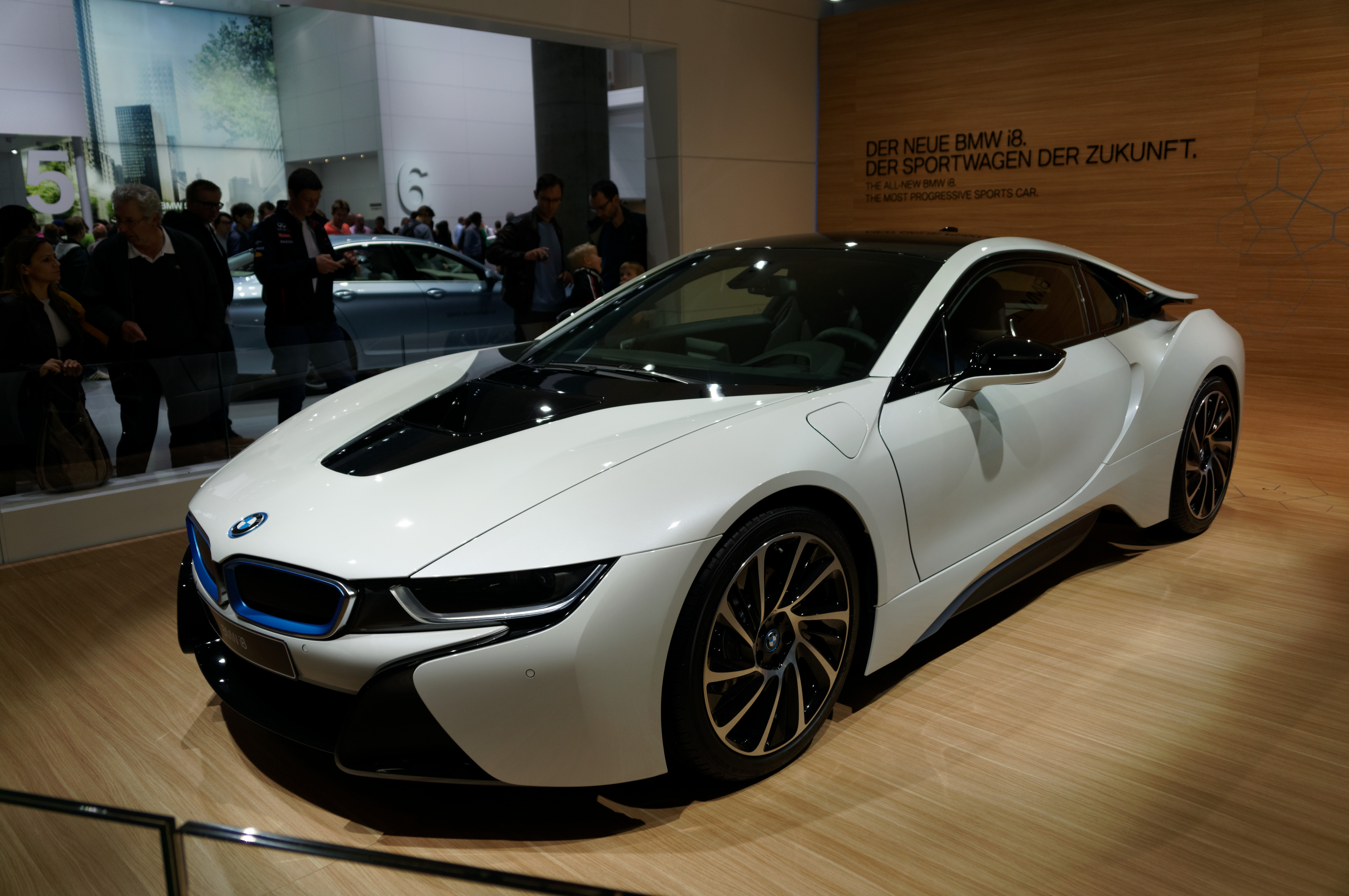 bmw i8 review and photos. Black Bedroom Furniture Sets. Home Design Ideas