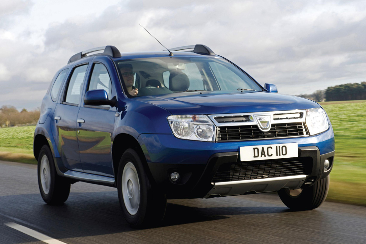 dacia duster review and photos. Black Bedroom Furniture Sets. Home Design Ideas