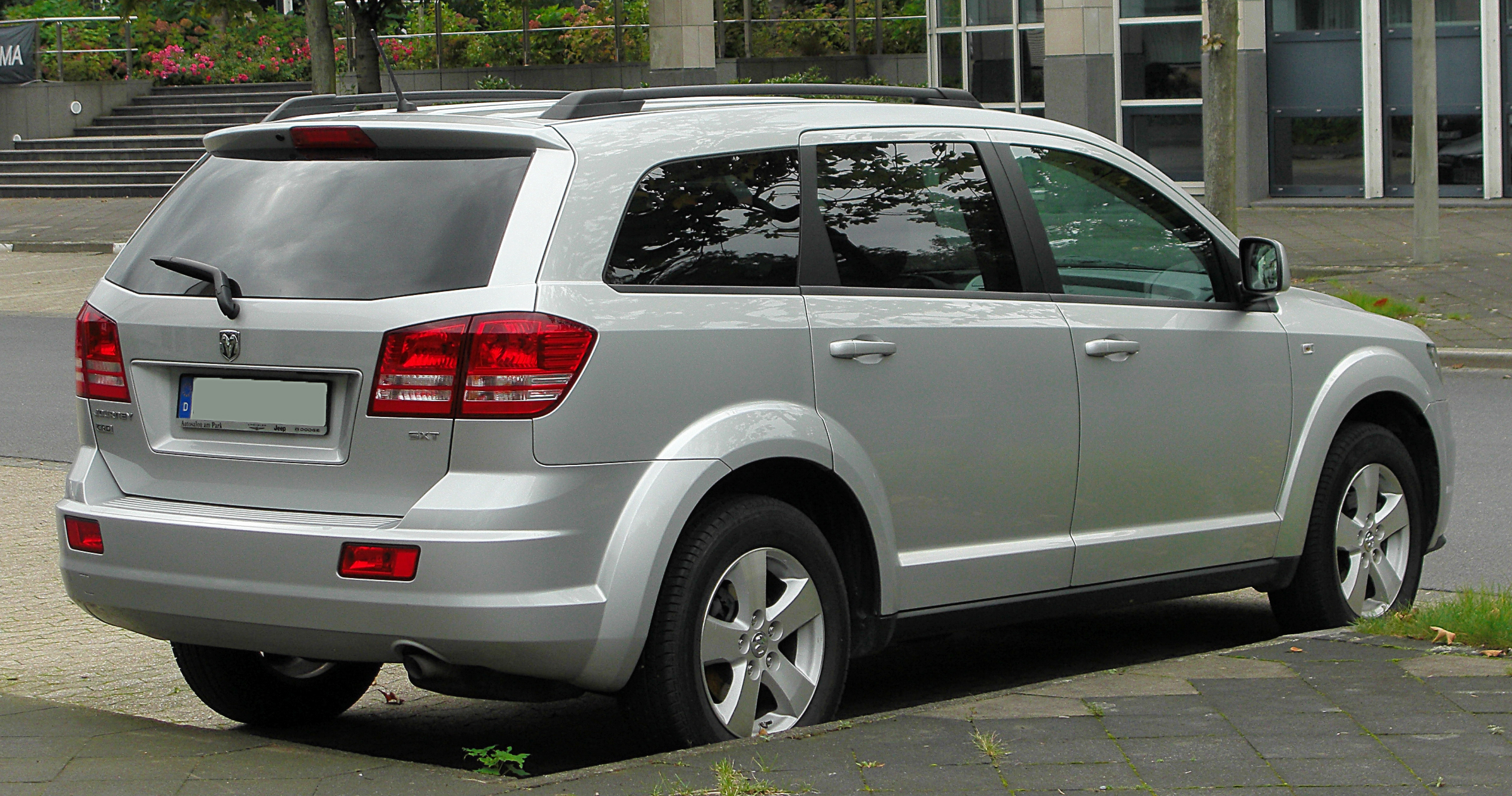 DODGE JOURNEY - Review and photos