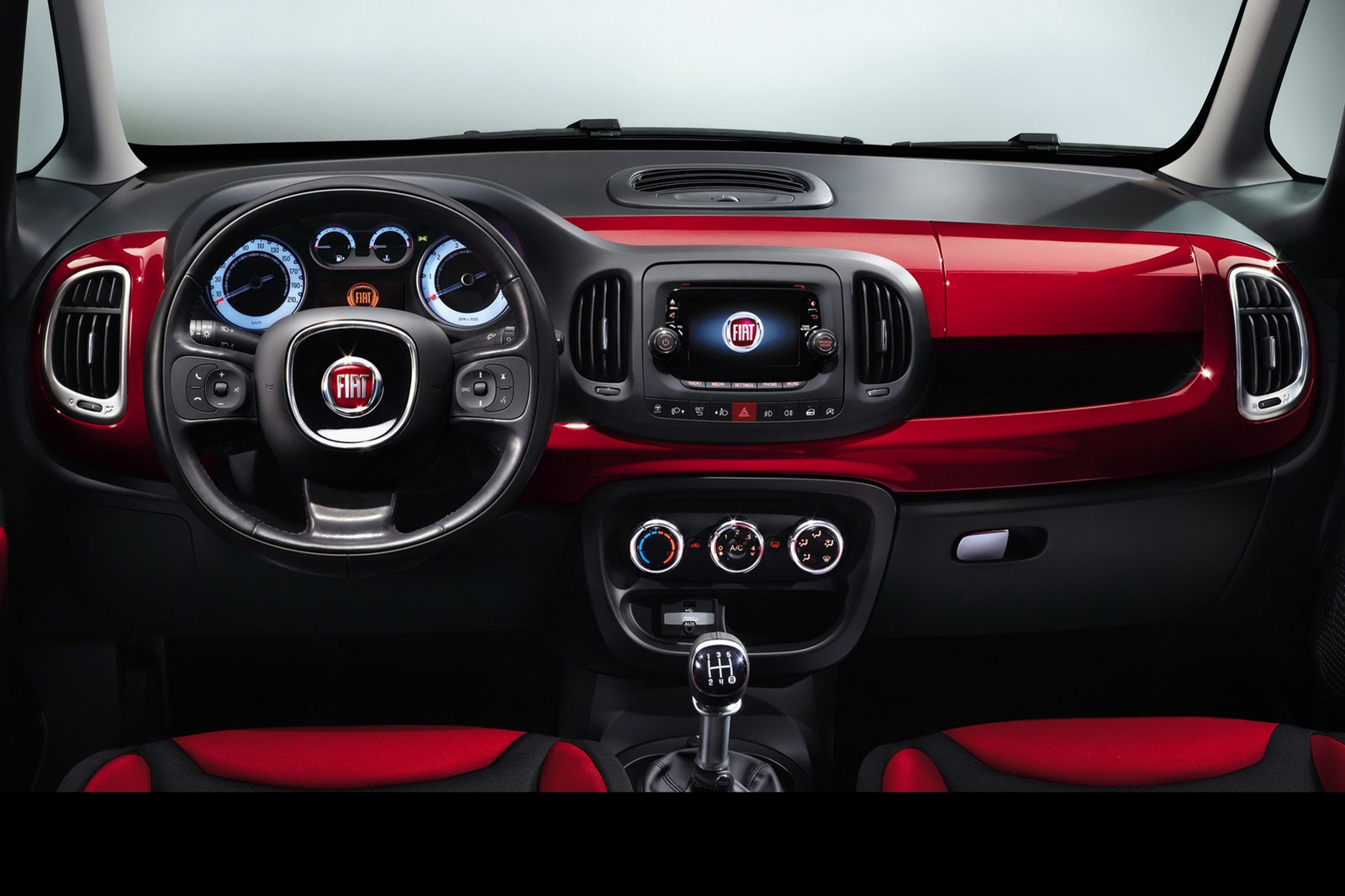 Charming Fiat 500l