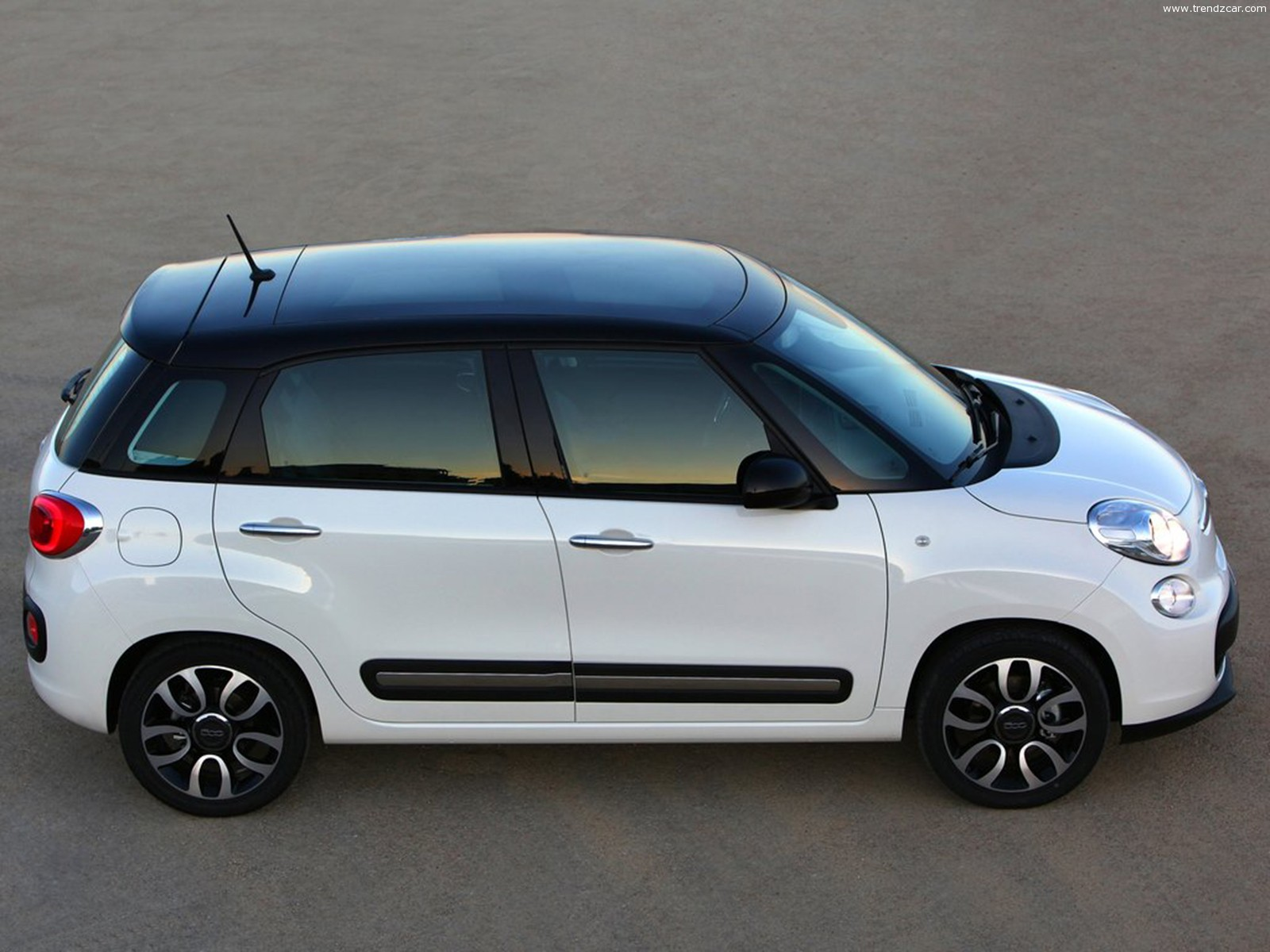 fiat 500l - review and photos