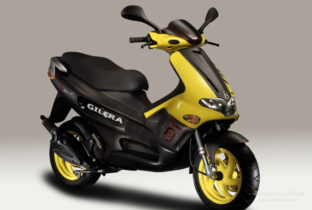 gilera runner review and photos. Black Bedroom Furniture Sets. Home Design Ideas