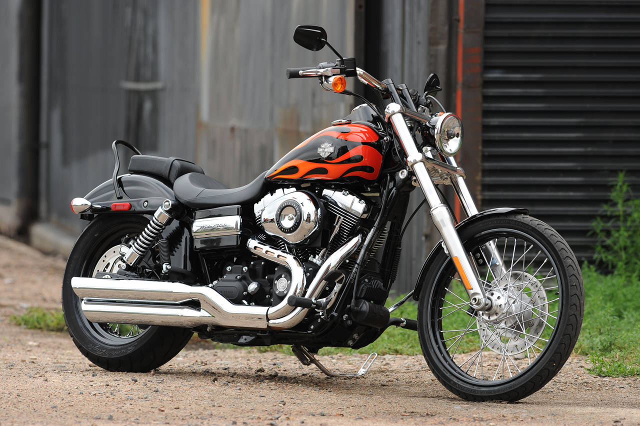 HARLEY-DAVIDSON DYNA - Review and photos