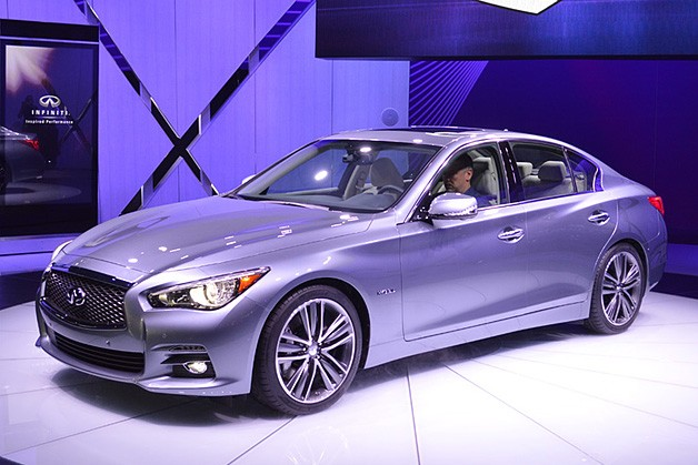 INFINITI Q50  Review and photos