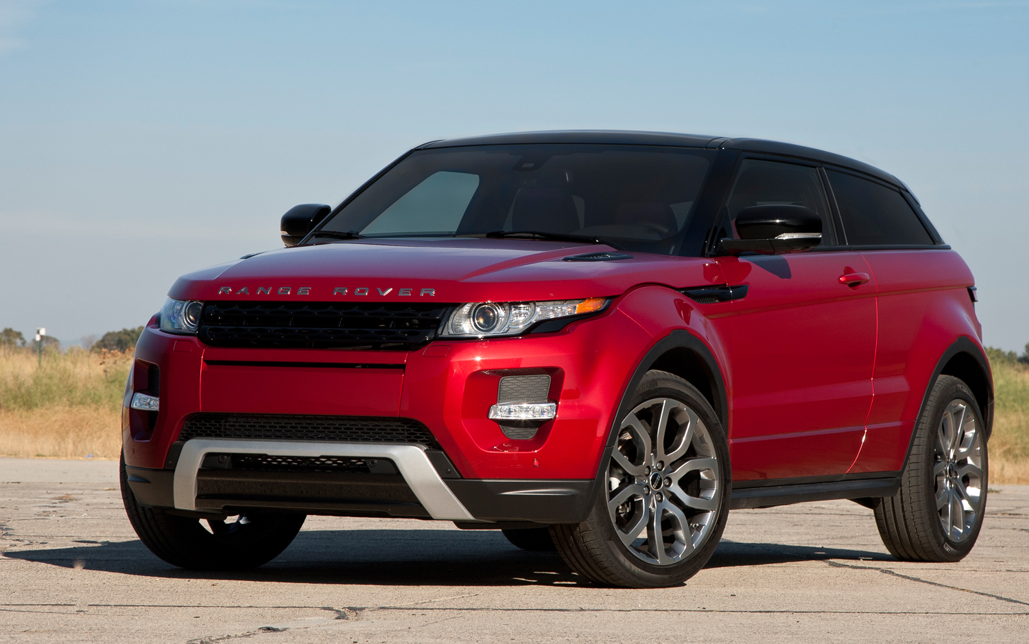 land rover evoque review and photos. Black Bedroom Furniture Sets. Home Design Ideas