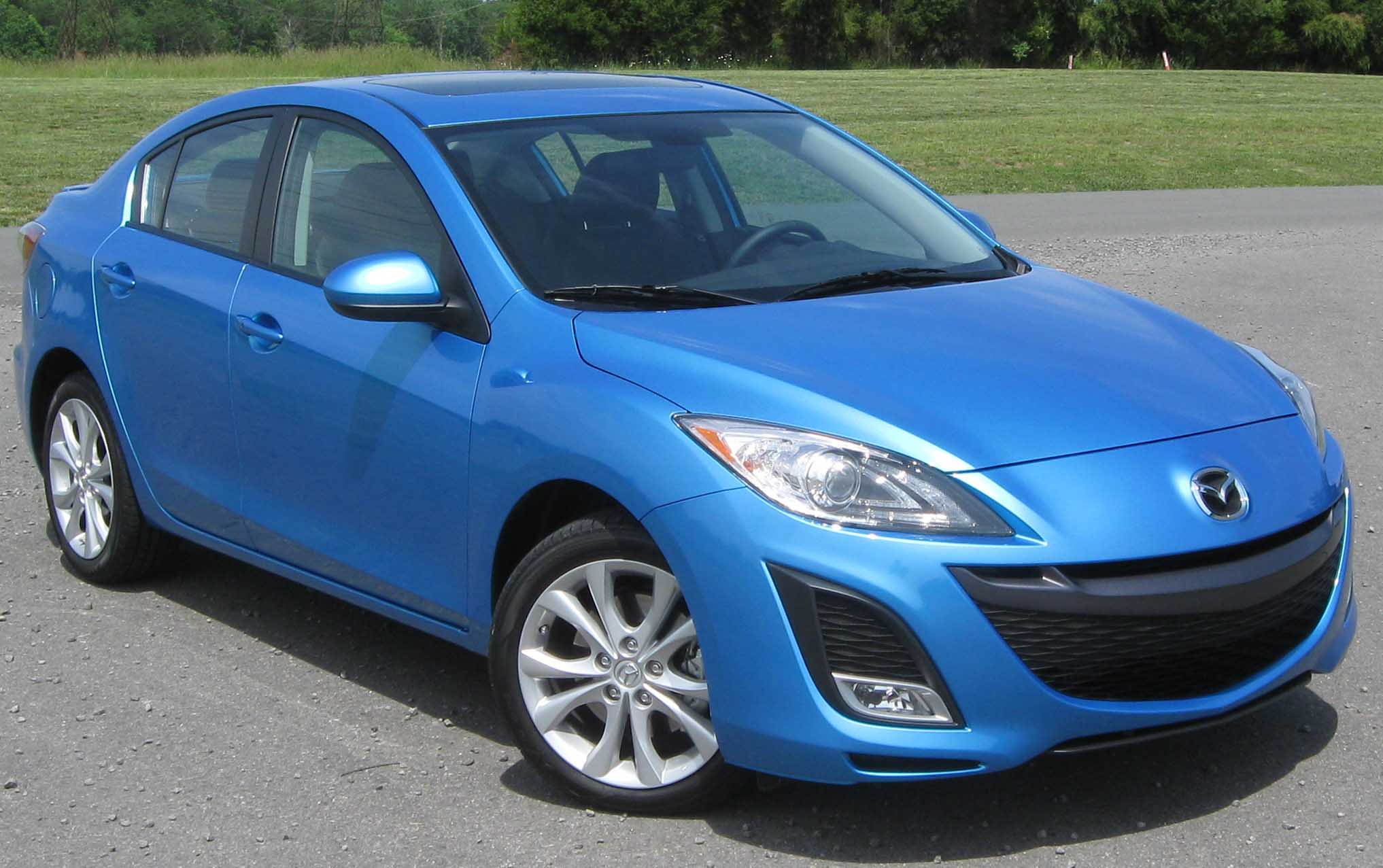MAZDA 3 Review and photos