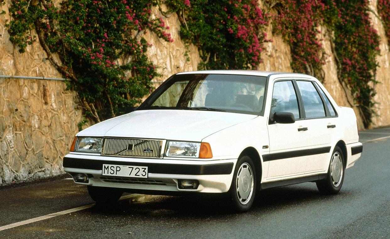 Volvo 300 Series