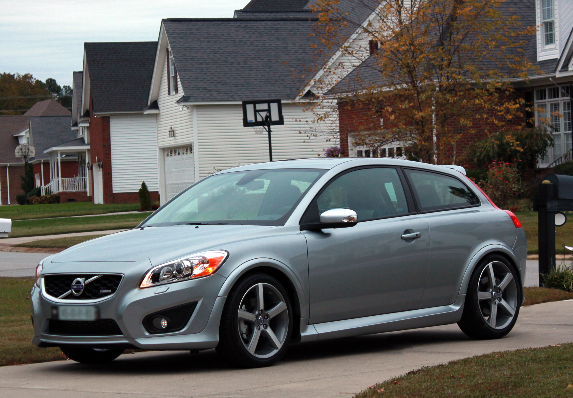 VOLVO C30 - Review and photos