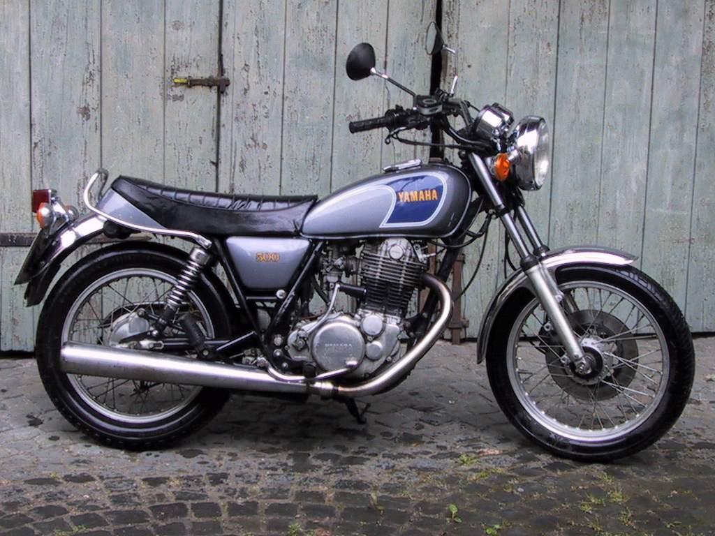 Yamaha SR500
