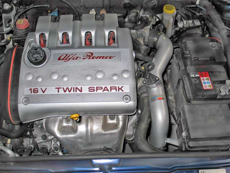 ALFA ROMEO 147 1.6 engine