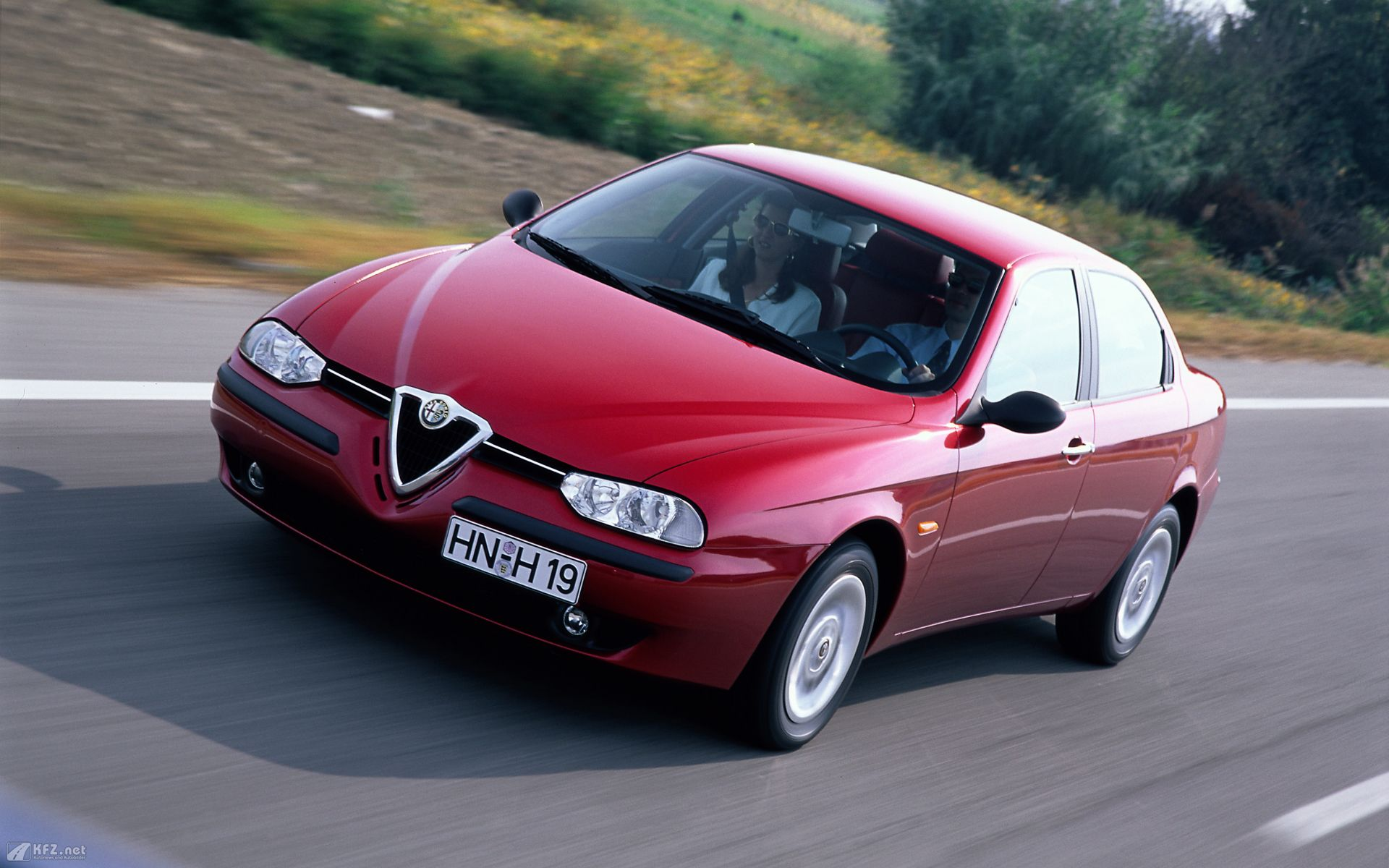 alfa romeo 156 review and photos. Black Bedroom Furniture Sets. Home Design Ideas