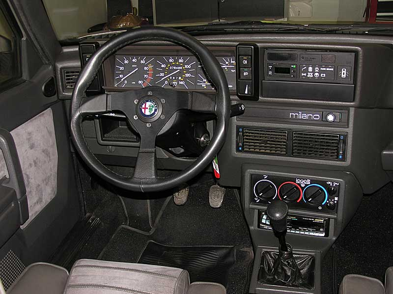 ALFA ROMEO 75 brown