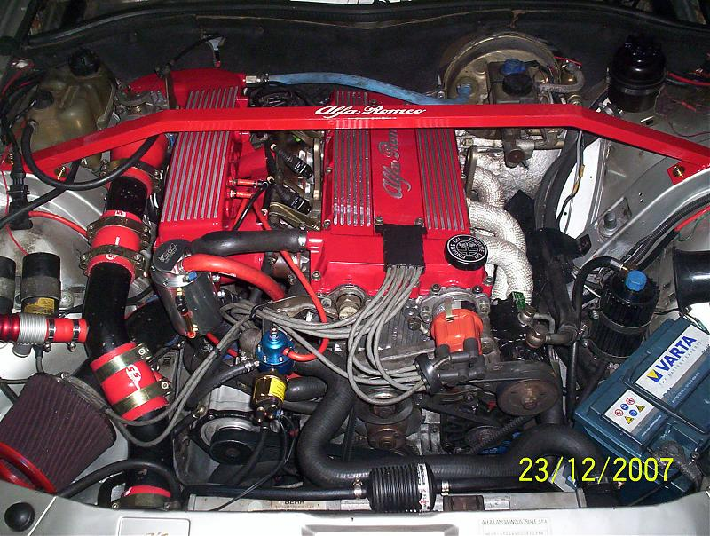 ALFA ROMEO 75 engine