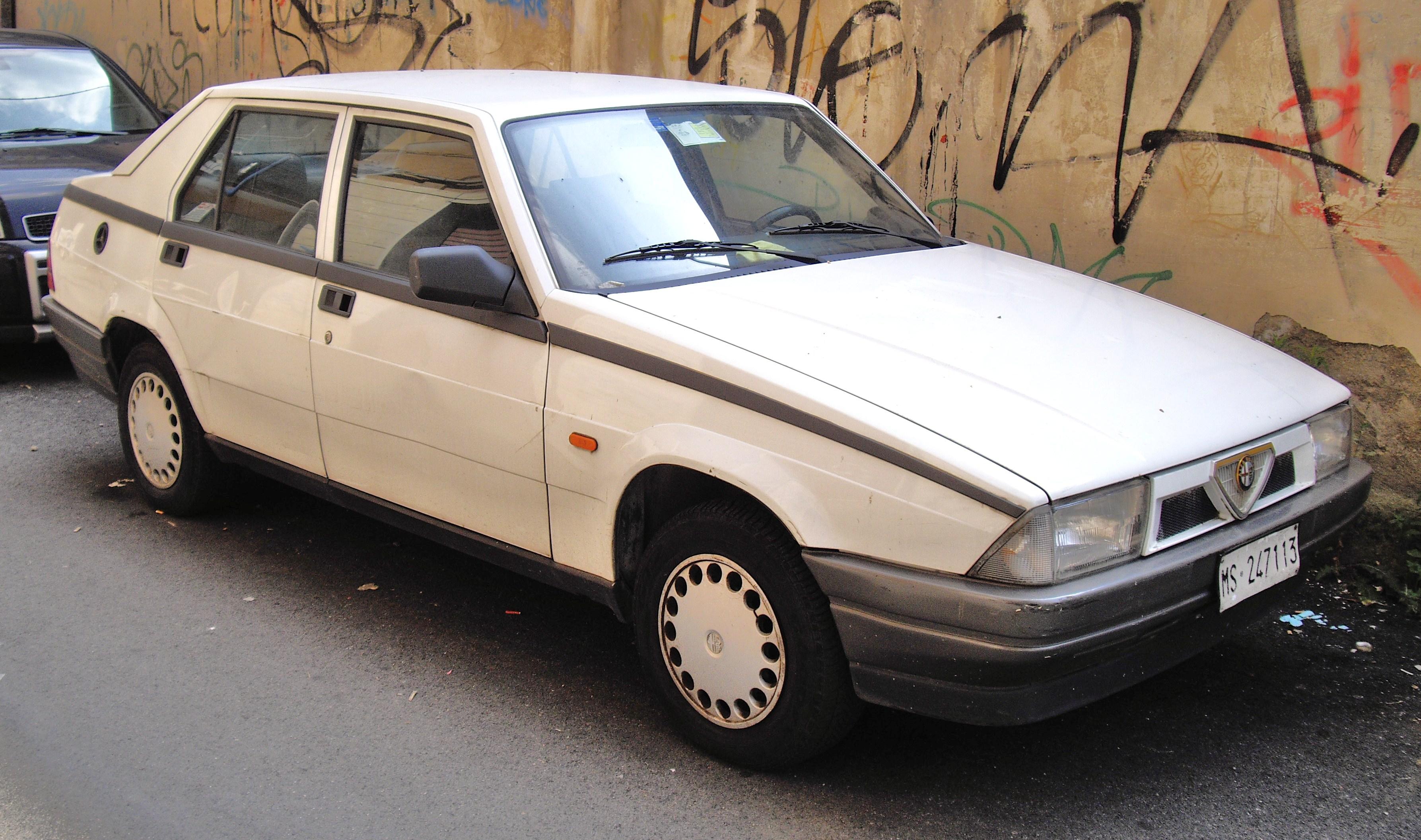 ALFA ROMEO 75 white