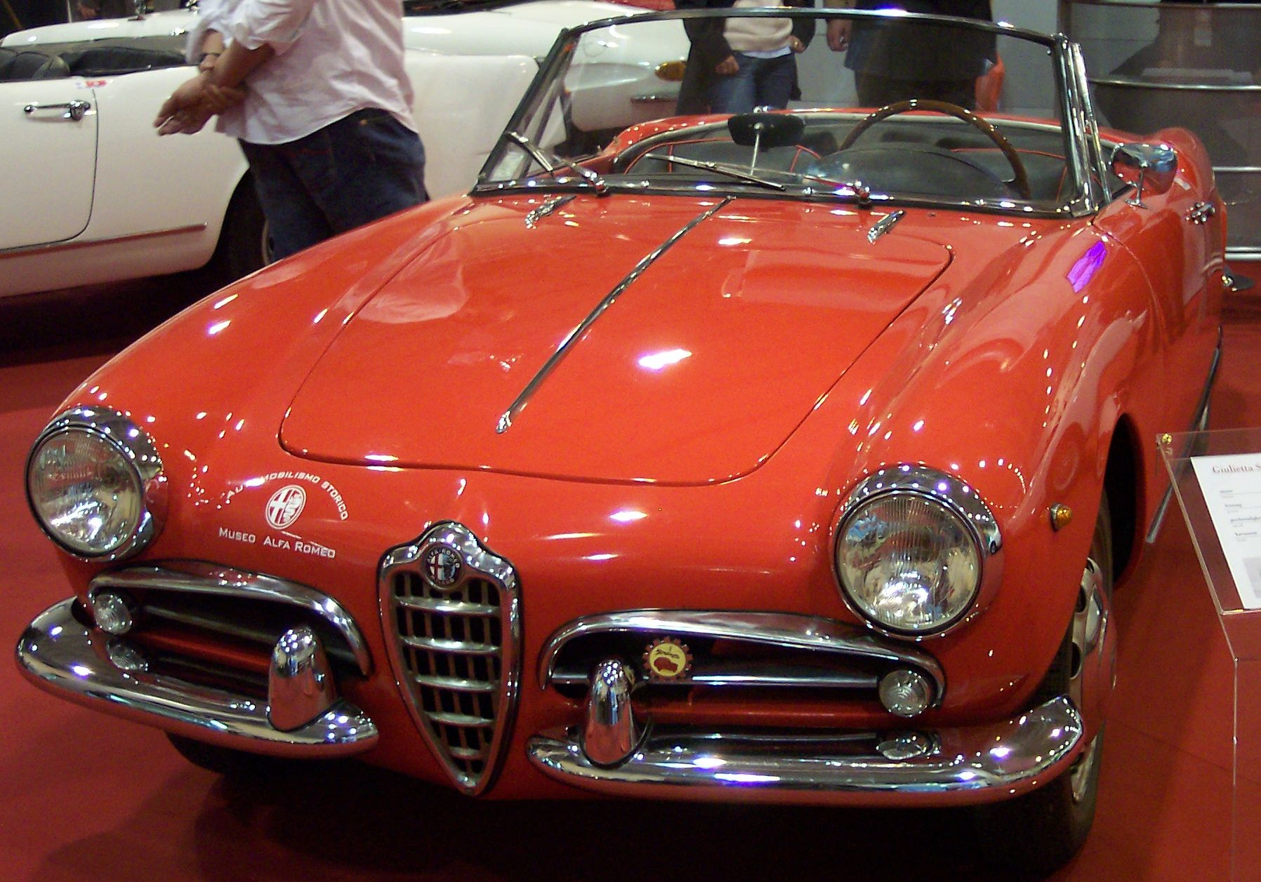ALFA ROMEO GIULIETTA SPIDER brown