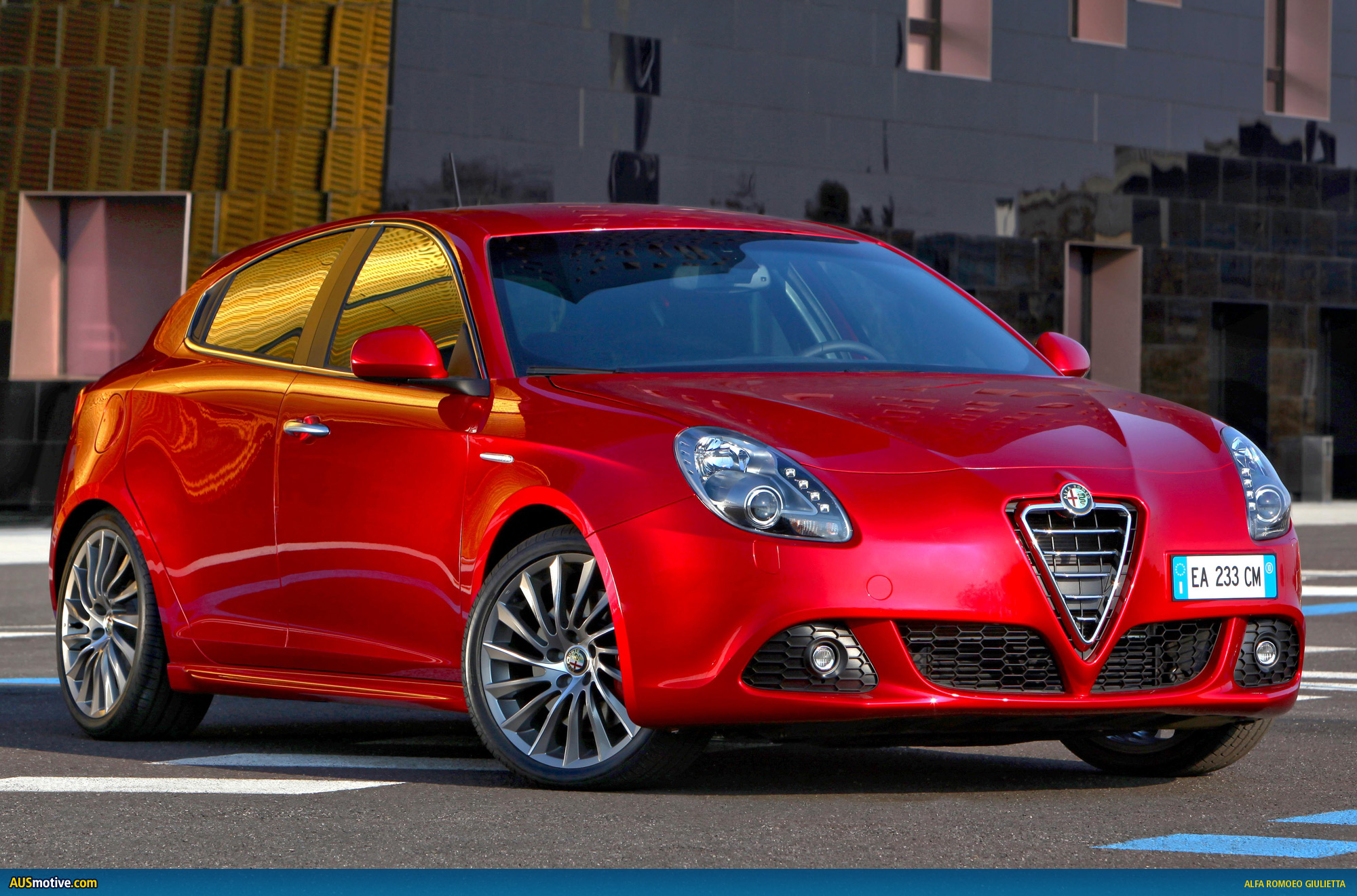 alfa romeo giulietta review and photos. Black Bedroom Furniture Sets. Home Design Ideas