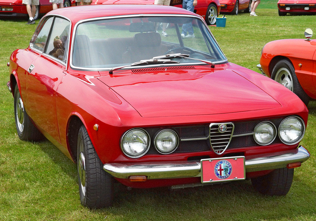 ALFA ROMEO GTA red