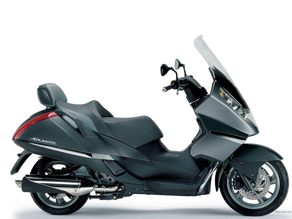 APRILIA ATLANTIC 125 brown