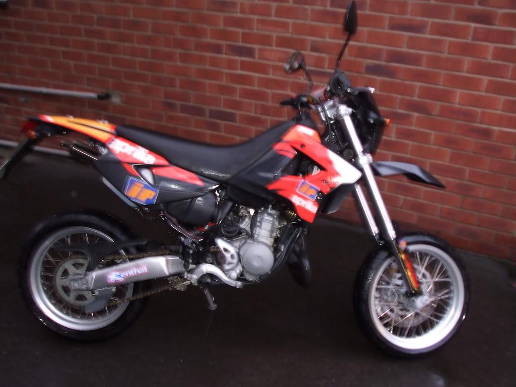 APRILIA MX 125 black