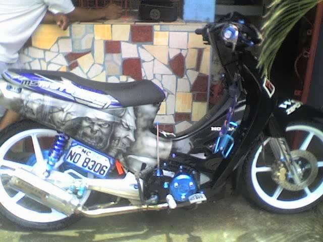 APRILIA PEGASO 125 interior