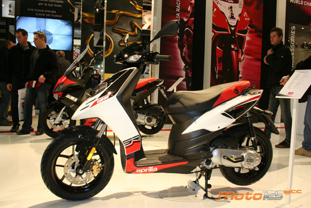 APRILIA SR MOTARD 125 brown