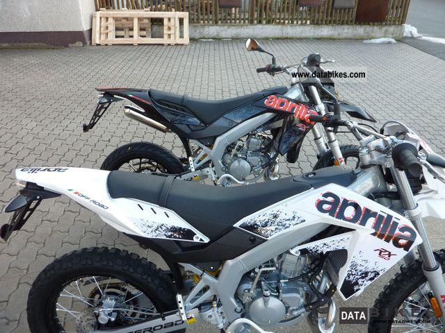 APRILIA SX white