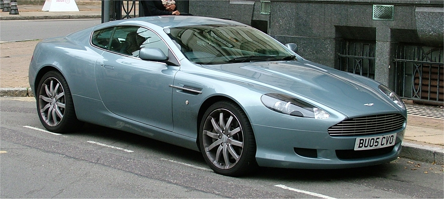 ASTON MARTIN DB blue