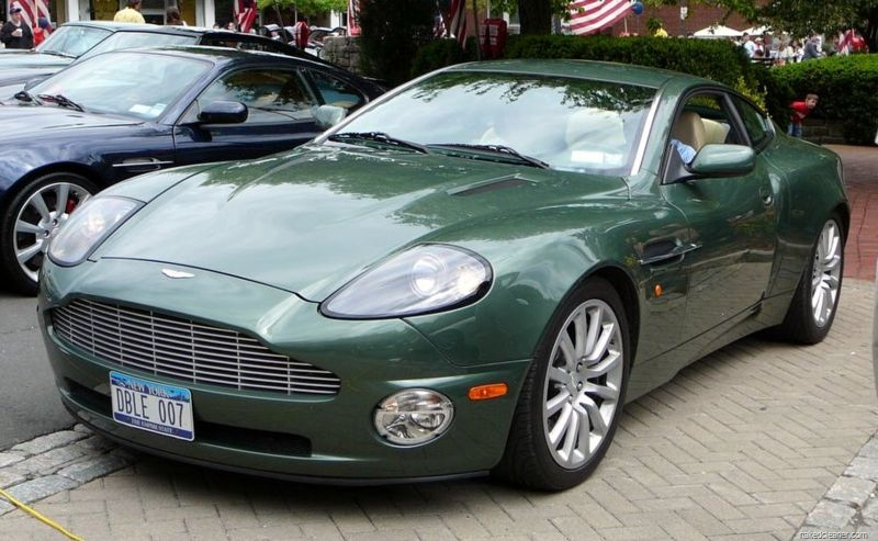 ASTON MARTIN DBS green