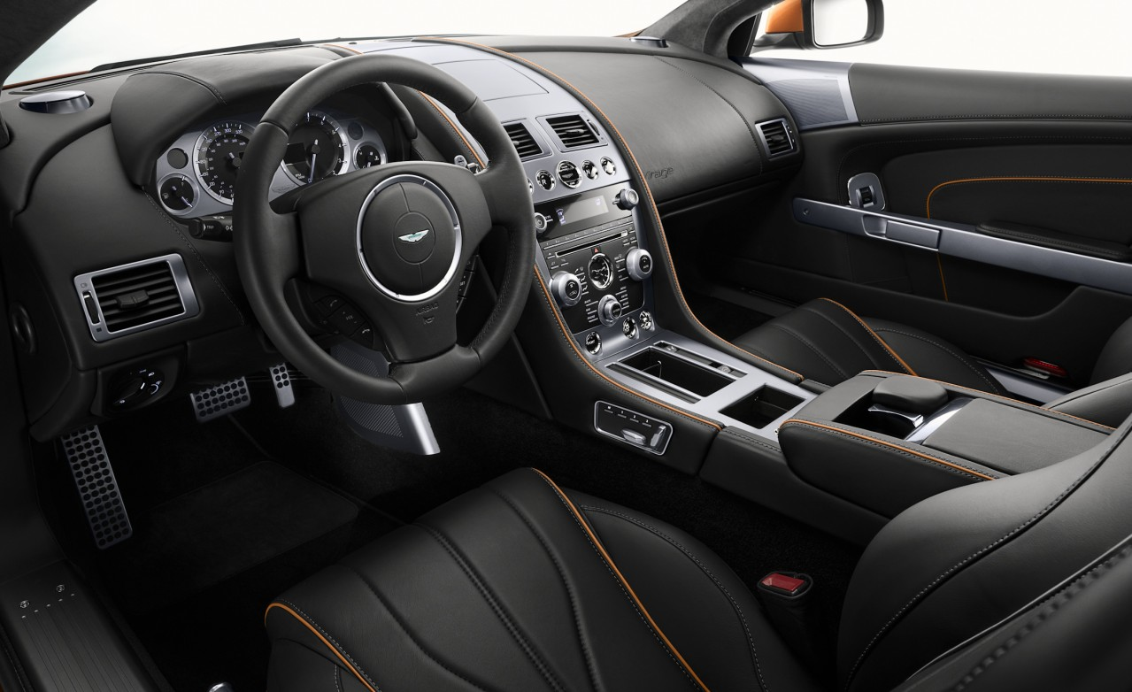 ASTON MARTIN VIRAGE interior