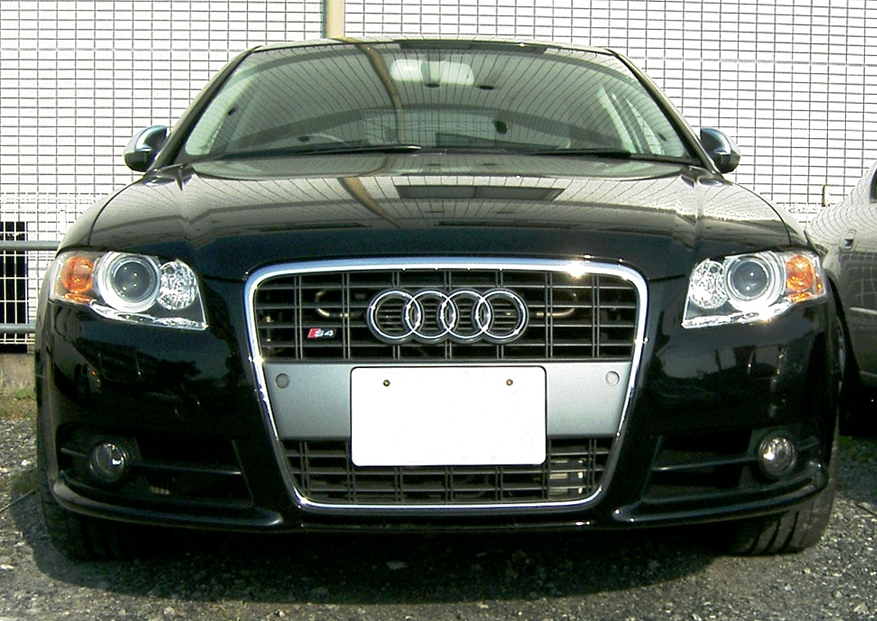 AUDI 100 S4 black