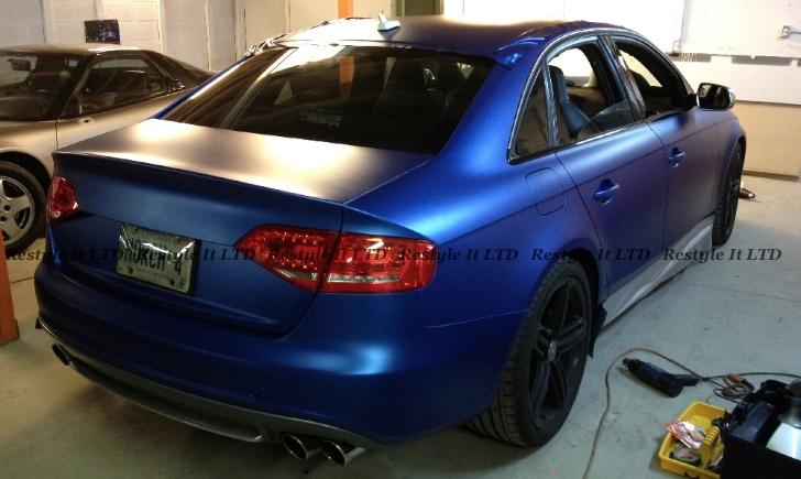AUDI 100 S4 blue