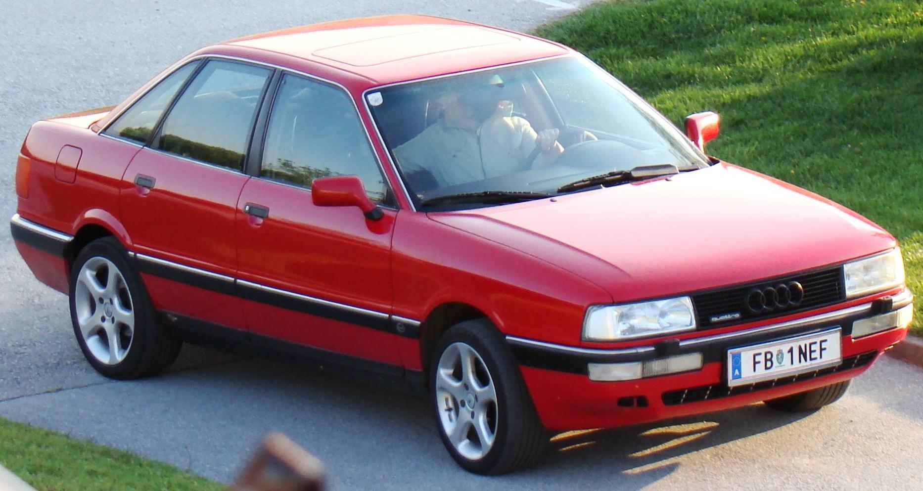 AUDI 90 red
