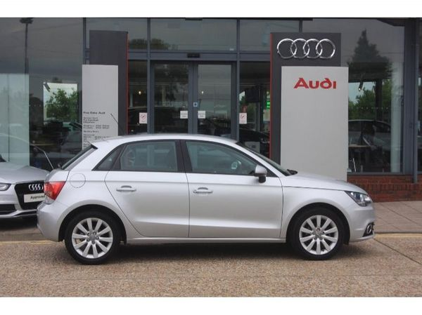 AUDI A1 1.2 red
