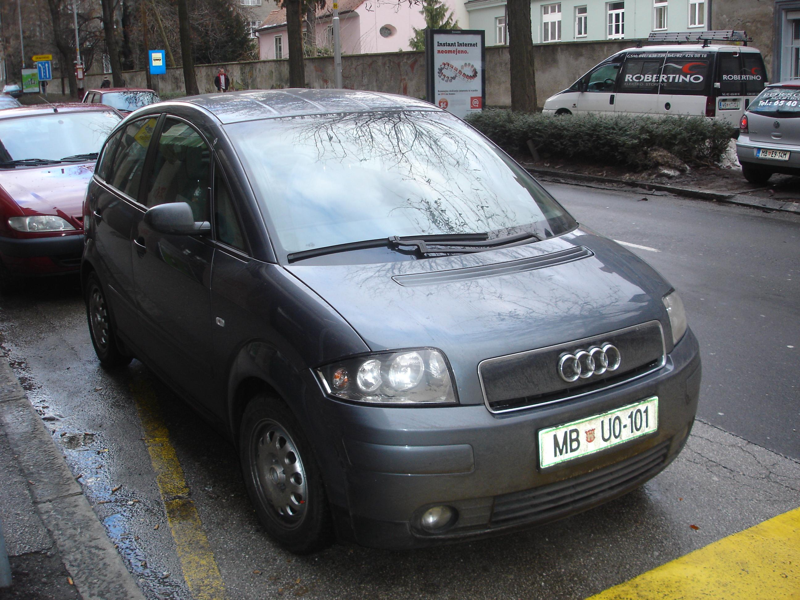 Audi A2 1 2
