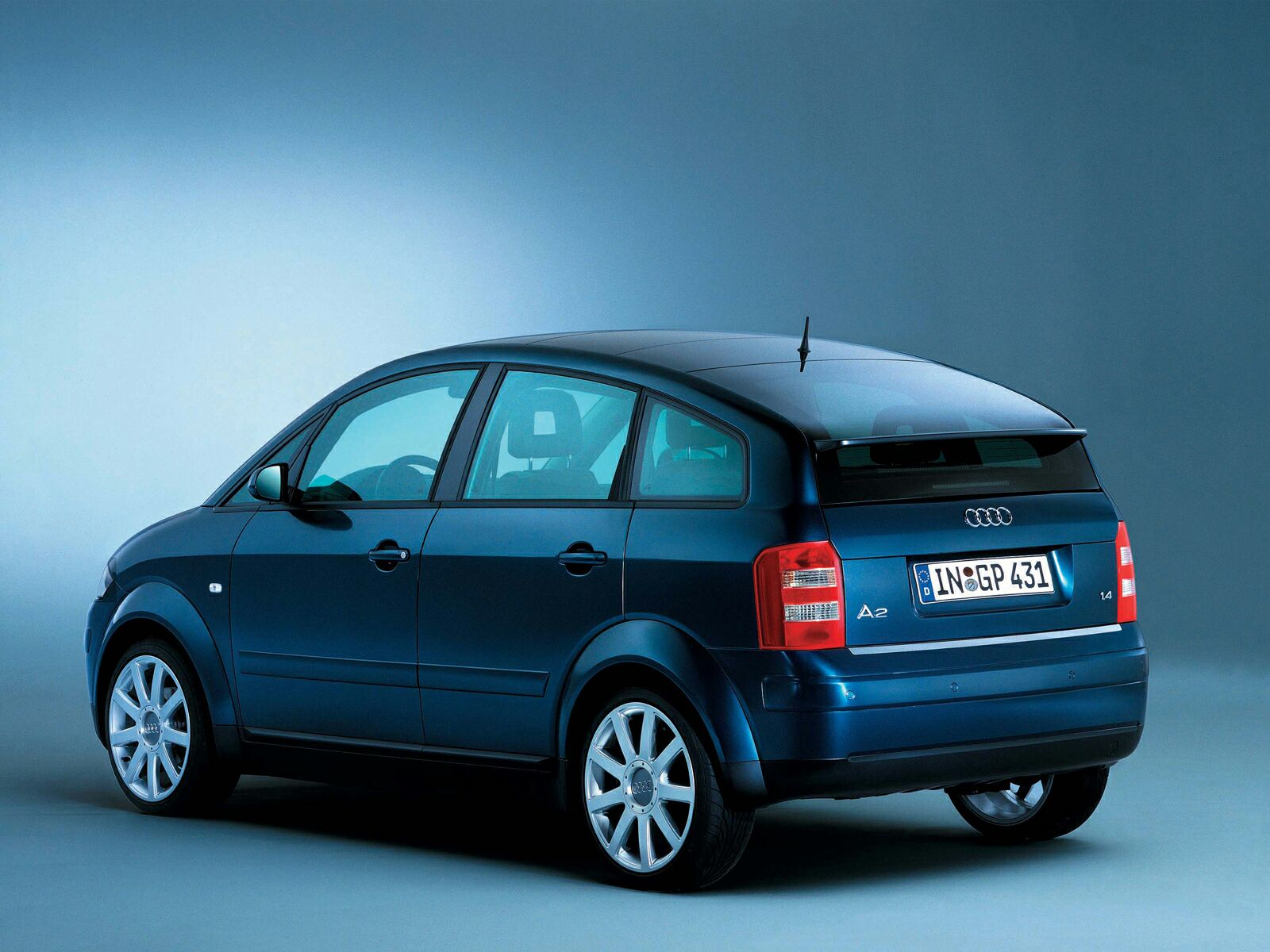 AUDI A2 - Review and photos